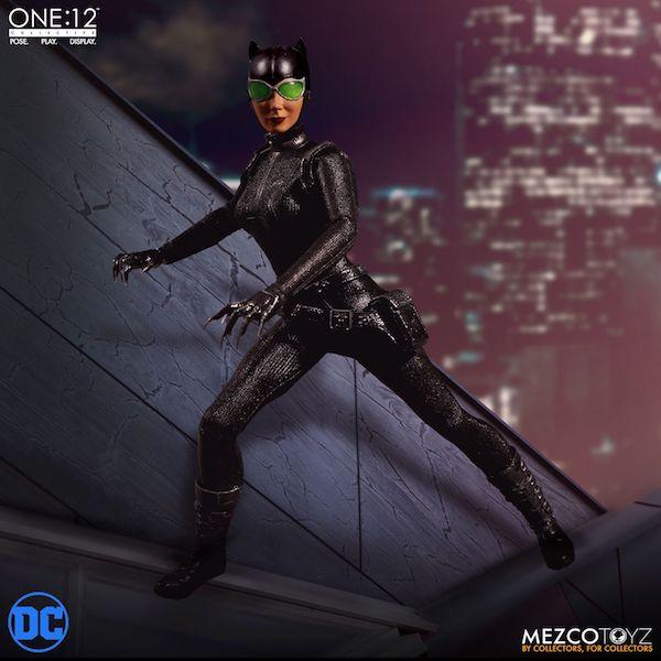 Mezco Toyz One:12 Collective DC Comics Catwoman
