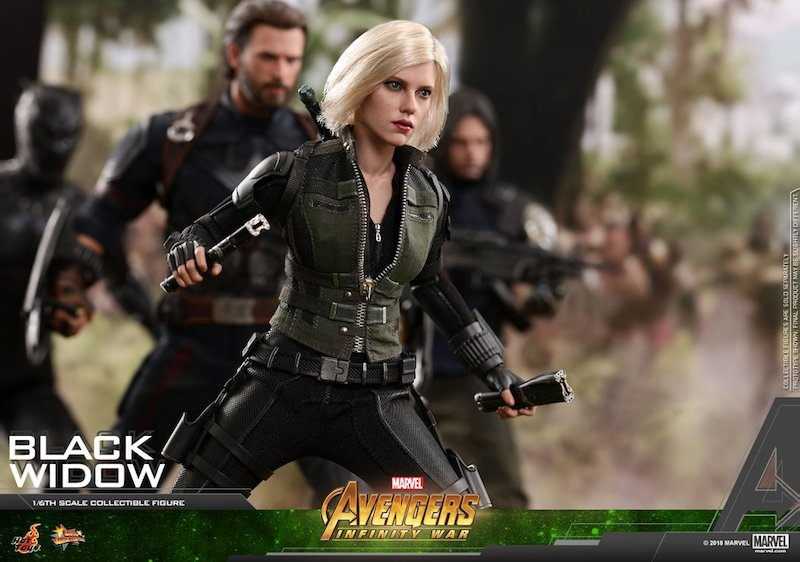 Hot Toys Avengers: Infinity War – Black Widow Sixth Scale Figure
