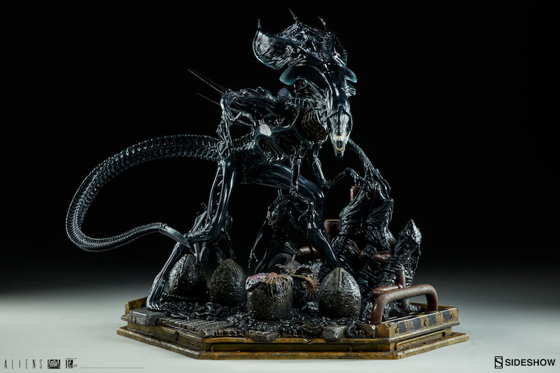 Sideshow Collectibles Alien Queen Maquette Pre-Orders