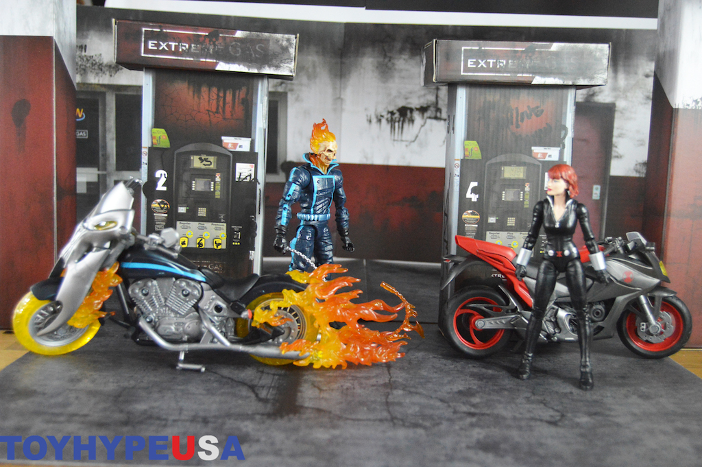 Extreme-Sets Extreme Gas Station Pop-Up Diorama Set Review