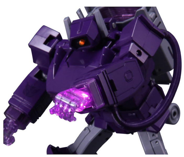 Transformers Masterpiece MP-29+ Destron Laserwave (Shockwave) With Coin Exclusive