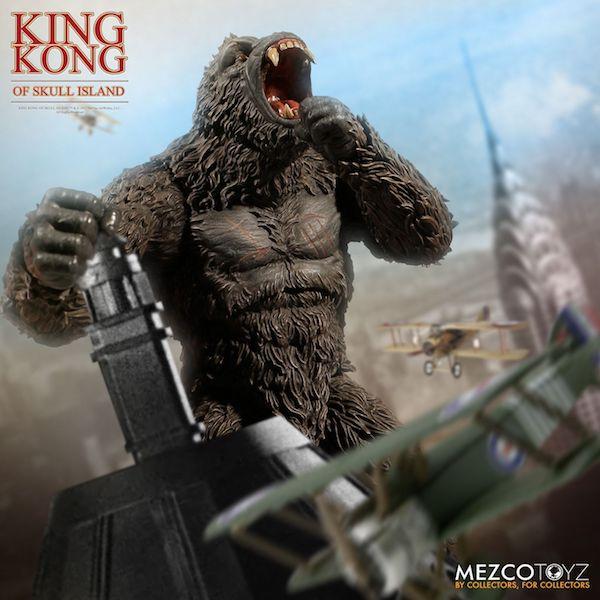 Mezco Toyz King Kong Of Skull Island Figure