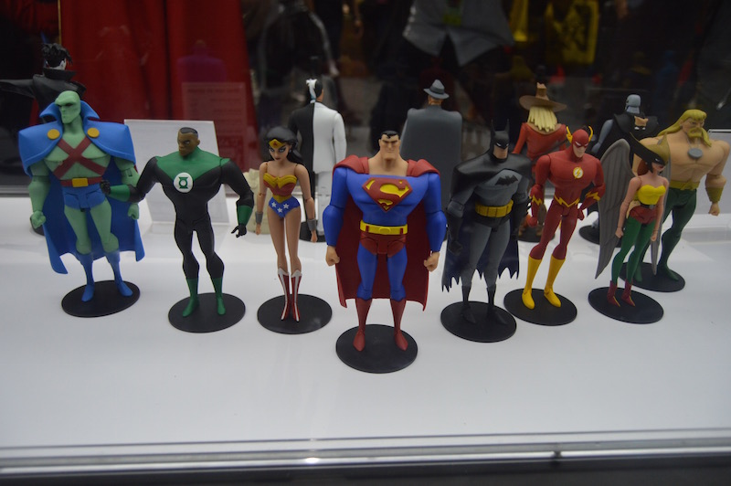 DC Collectibles SDCC 2018 Booth Coverage – BTAS, Justice League, DC Essentials & More