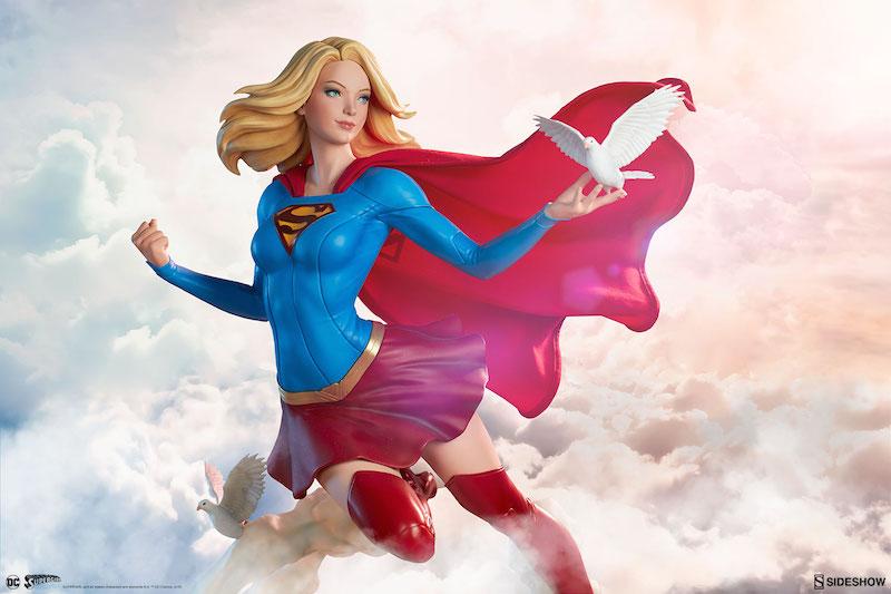 Sideshow Collectibles Supergirl Premium Format Figure