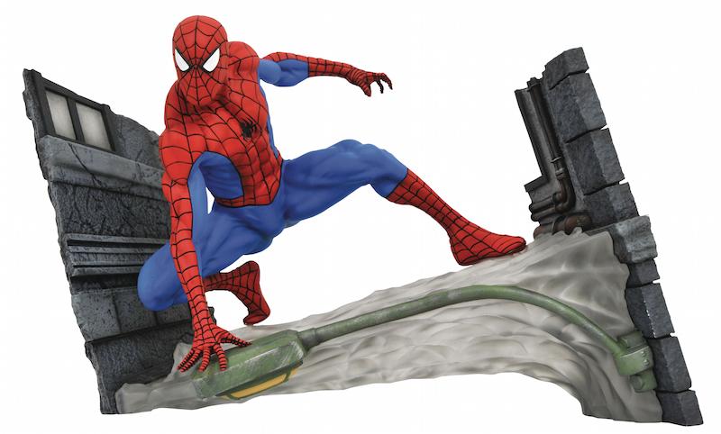 Diamond Select Toys In Stores This Weekend: Dark Knight, Pacific Rim, Star Trek & FCBD Spidey