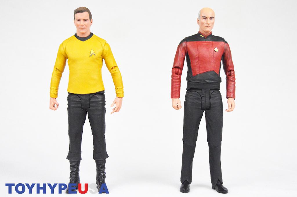 McFarlane Toys Star Trek 7″ Captain Kirk & Captain Picard Figures Review