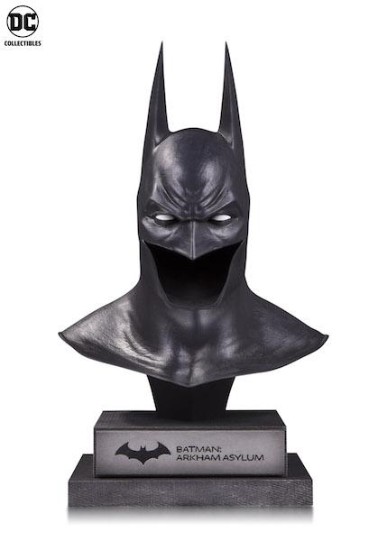 DC Collectibles Reveals New Batman Cowl Line, Statues & Action Figures