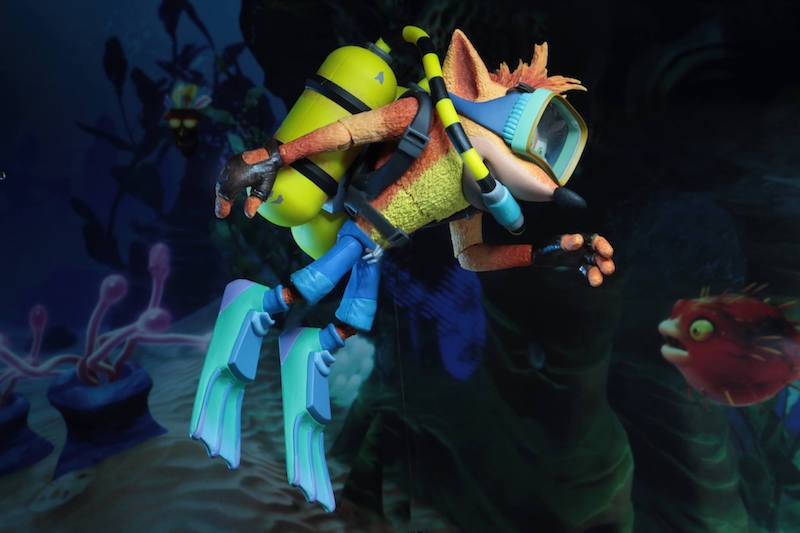 NECA Toys Crash Bandicoot – Deluxe Scuba Gear Crash Figure Available Now