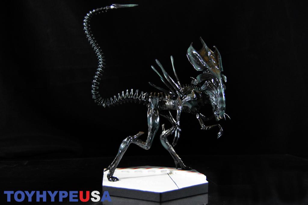 Gallery Update – Eaglemoss Alien And Predator Xenomorph Queen Statue Review