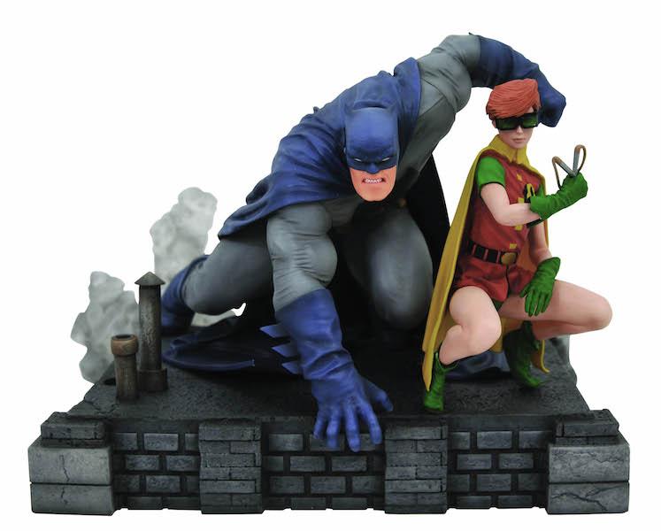 Diamond Select Toys Toy Fair Round-Up: Bruce Lee, Godzilla, Kingdom Hearts & More