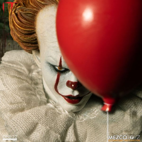 Mezco Toyz Pennywise One:12 Collective Figure Pre-Orders