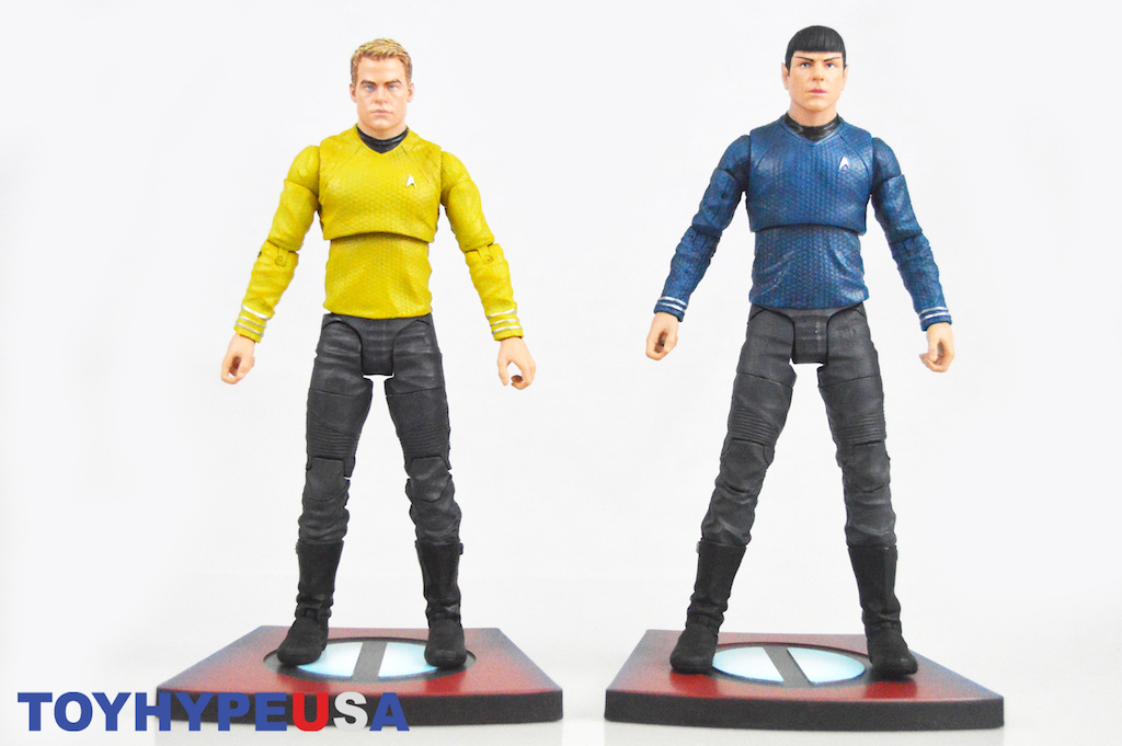 Diamond Select Toys Star Trek: Into Darkness Kirk And Spock Select Figures Review