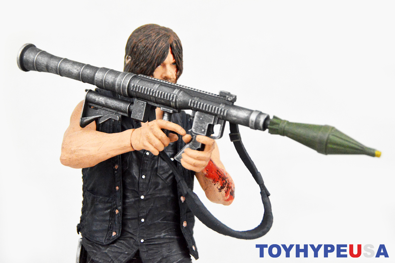 McFarlane Toys The Walking Dead 10″ Daryl Dixon Deluxe With Rocket Launcher Figure Review