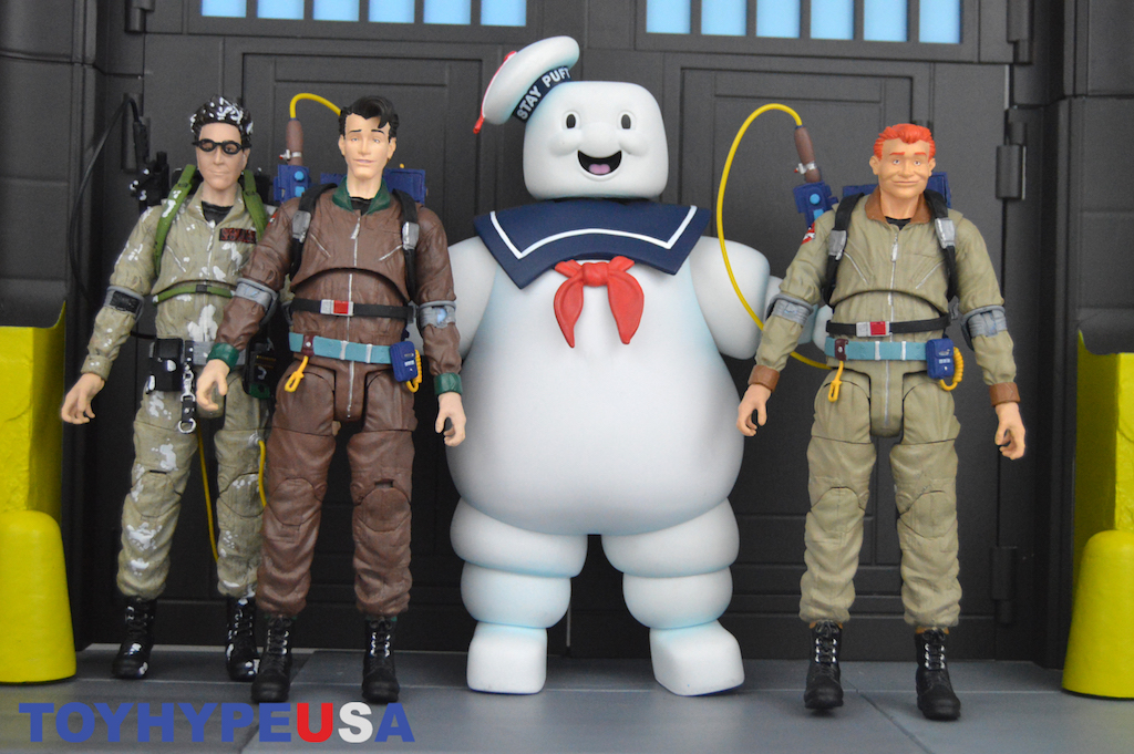 Diamond Select Toys The Real Ghostbusters Select Series 10 & Marshmallow Egon Spengler Figures Review