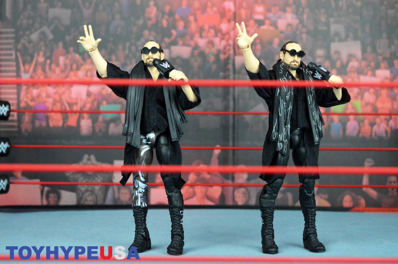 Mattel – WWE Elite Series 65 Aiden English Figures Review