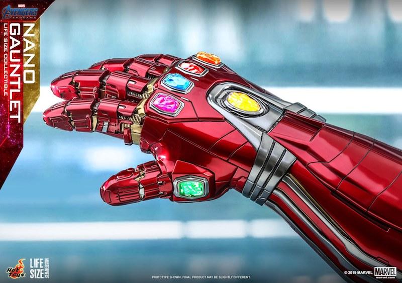 Hot Toys Avengers: Endgame Life-Size Nano Gauntlet