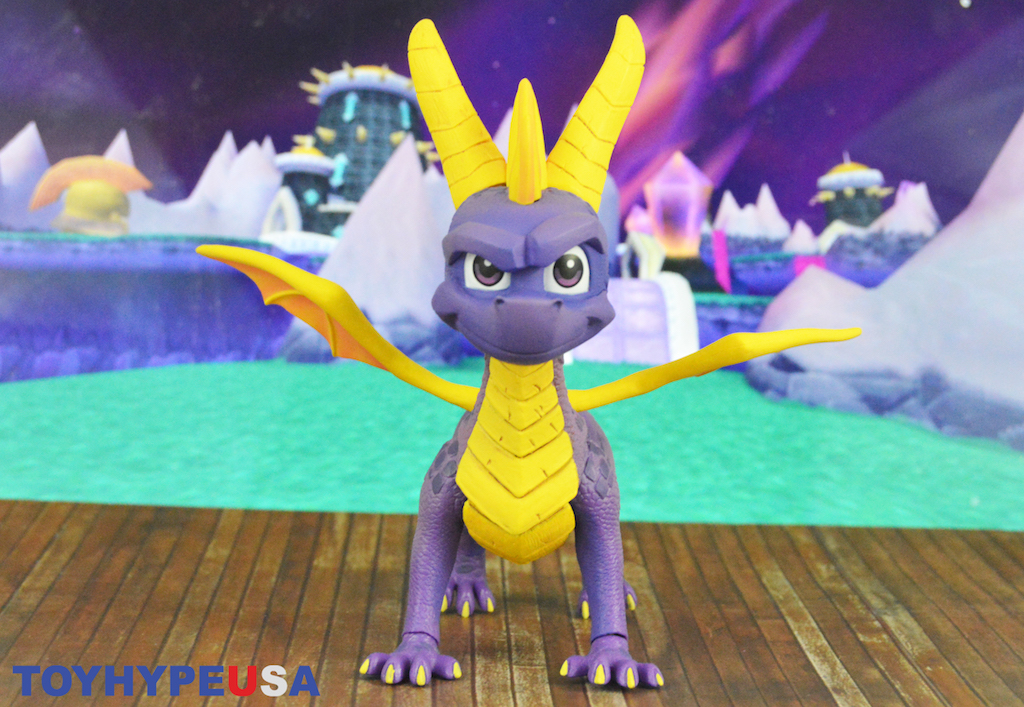 NECA Toys Spyro The Dragon 7″ Scale Figure Review