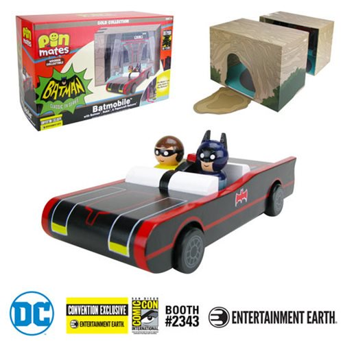 Entertainment Earth SDCC 2019 Exclusives – Batman Classic TV Series Batmobile & Wonder Woman With Invisible Jet