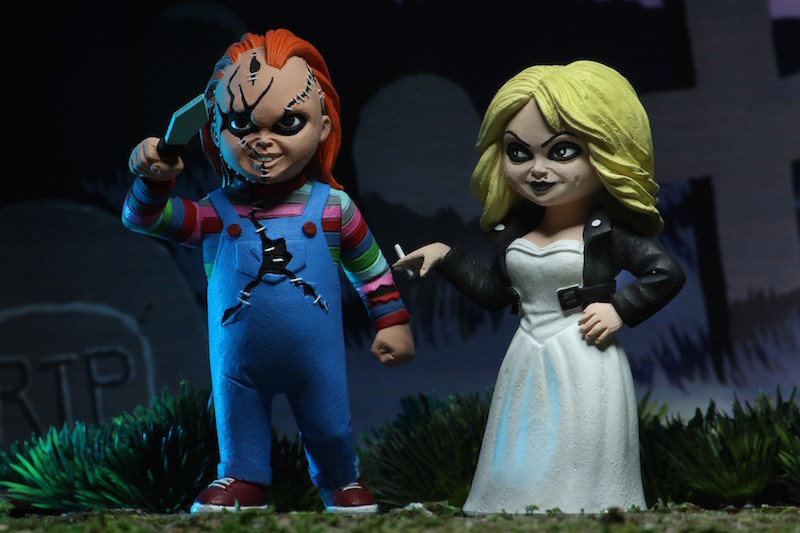 NECA Toys Shipping This Week – Chucky & Tiffany, Alien 3 Ultimate Dog Alien, Trick R Treat Ultimate Sam & Pennywise