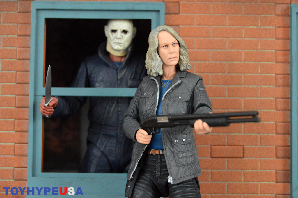NECA Toys Halloween 2018 Ultimate Laurie Strode Figure Review
