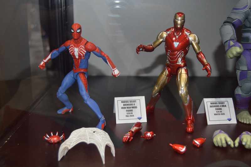 Diamond Select Toys SDCC 2019 – Day 1 Booth Coverage