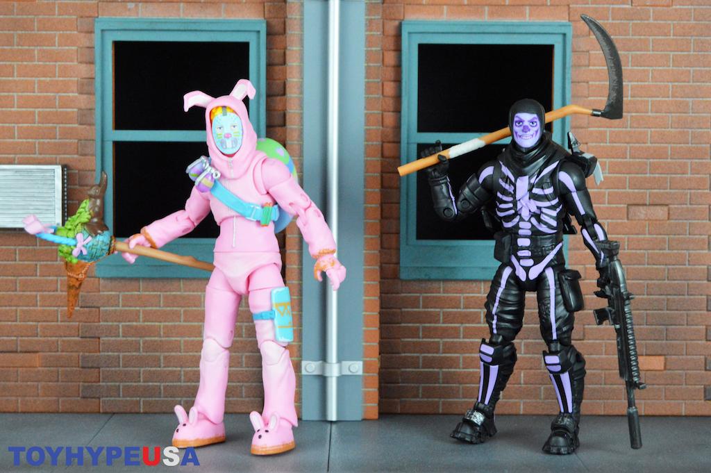 Jazwares – Fortnite 6″ Legendary Series Wave 1 Rabbit Raider & Skull Trooper Figures Review