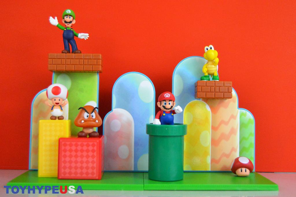 Jakks Pacific World Of Nintendo 2.5″ Scale Acorn Plains & Lava Castle Playsets Review