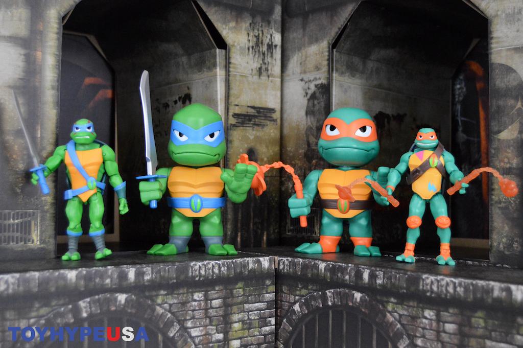 Playmates Toys Rise Of The Teenage Mutant Ninja Turtles Michelangelo & Leonardo Babble Heads Review