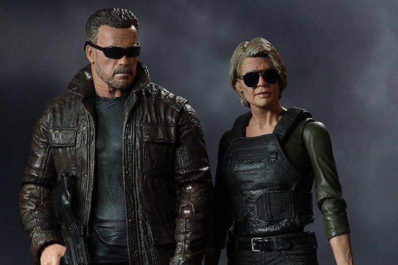 NECA Toys Terminator: Dark Fate Sarah Connor & T-800 New Figure Images