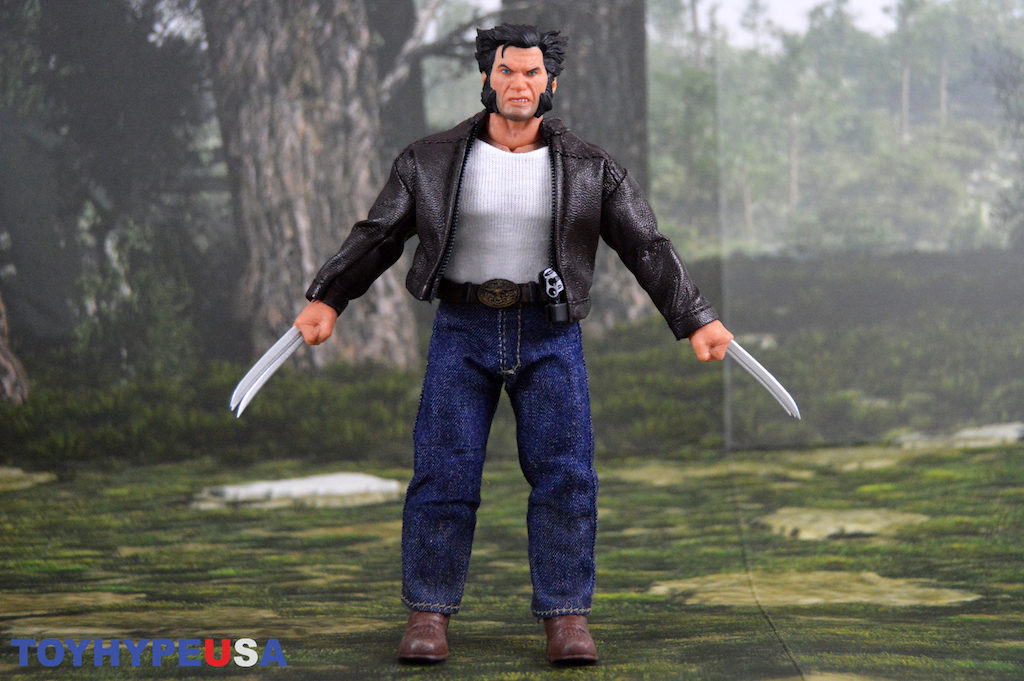 Mezco Toyz One:12 Collective Logan Figure Review