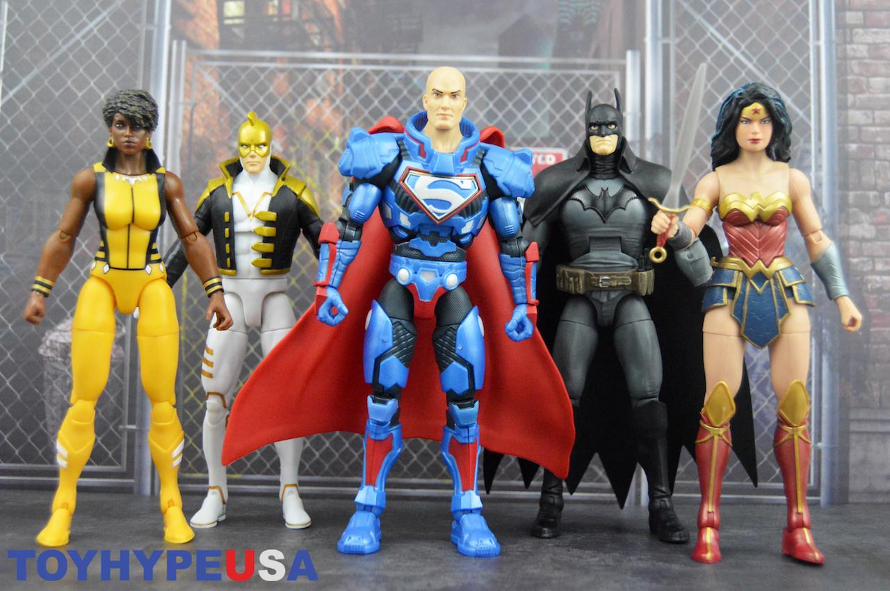 Mattel – DC Comics Multiverse 6″ Lex Luthor Collect & Connect Wave Lex Luthor Figure Review