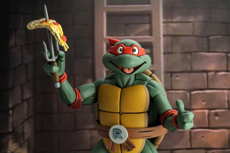 NECA Toys Shipping This Week – Rhino Alien, Gremlins – Greta, TMNT & Hatchet