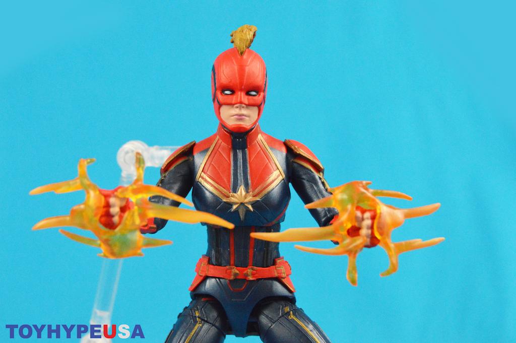 Disney Store Exclusive Marvel Select Captain Marvel Movie – Captain Marvel Figure Review