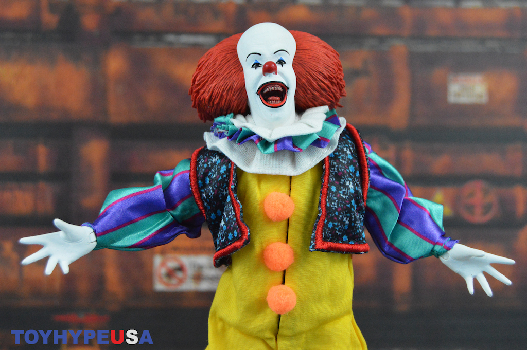 NECA Toys 1990 Pennywise 8″ Clothed Figure Review
