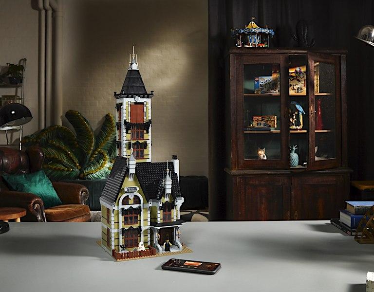 LEGO Creator Haunted House 10273 Set