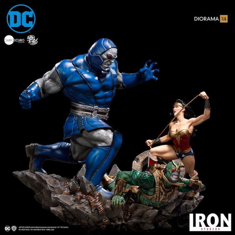 Iron Studios DC Comics Wonder Woman Vs Darkseid Diorama 1/6th Scale Statue Pre-Orders