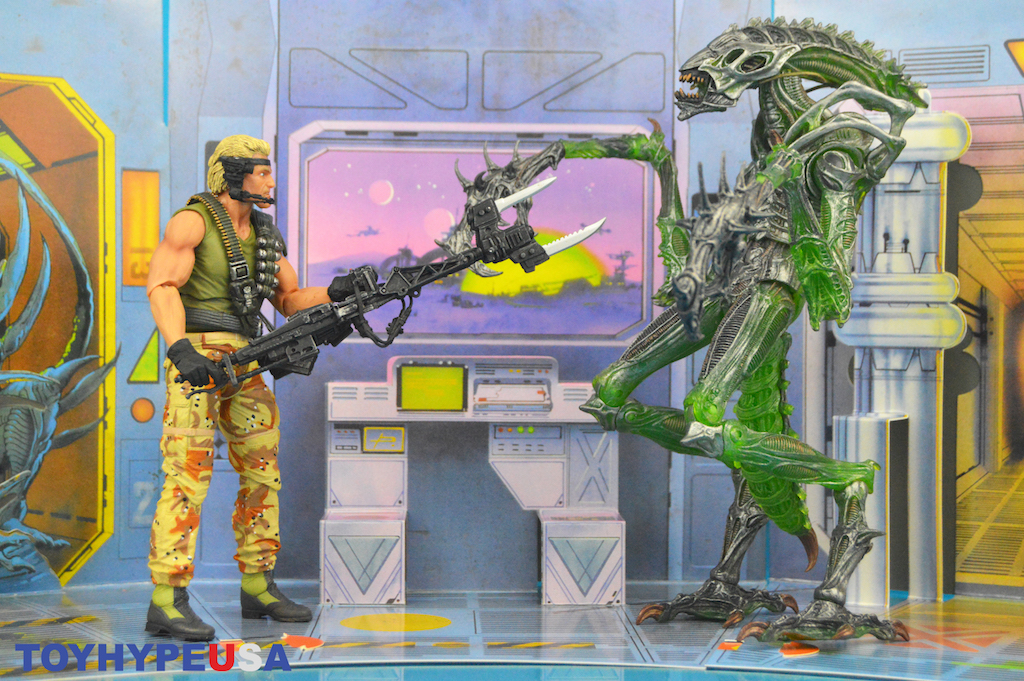 NECA Toys Aliens – Space Marine Drake Kenner Tribute Figure Review
