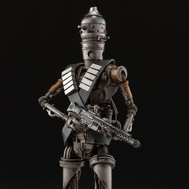 Medicom – Mafex Star Wars The Mandalorian IG-11 Figure