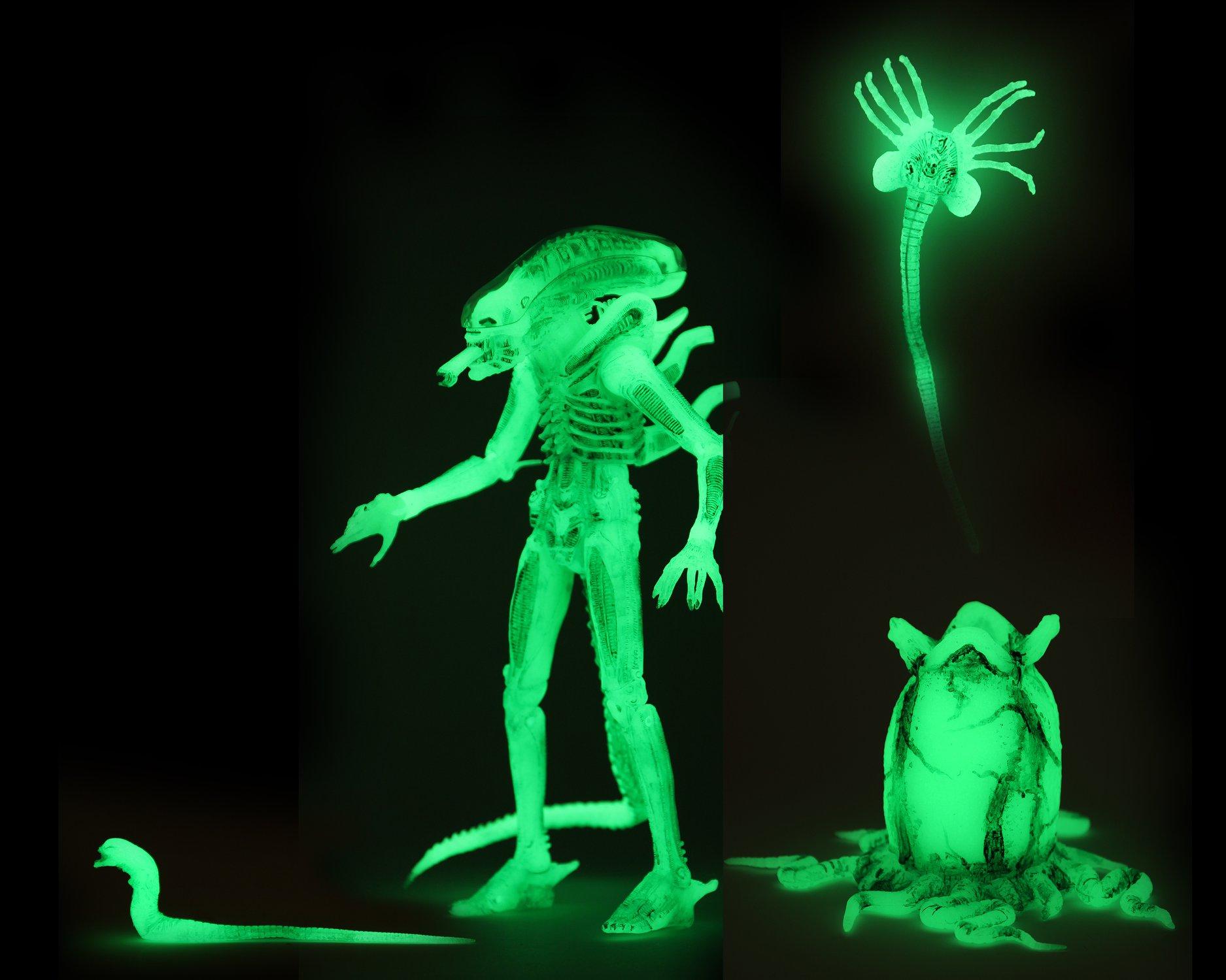 NECA Toys San Diego Comic-Con 2020 Exclusive – Alien Ultimate Big Chap Glow in the Dark 7″ Scale Figure
