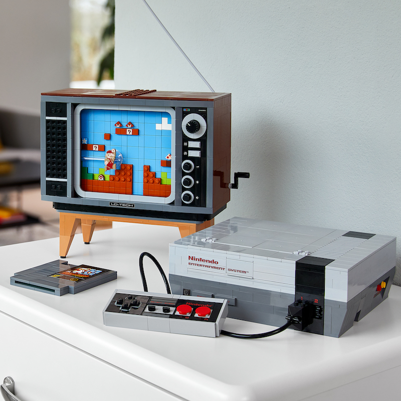 LEGO Nintendo Entertainment System With Super Mario Bros