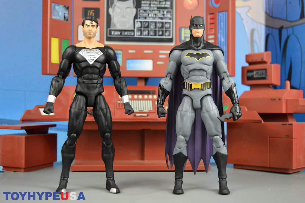 DC Direct – DC Essentials Batman DC Rebirth Version 2 & Return Of Superman Figures Review