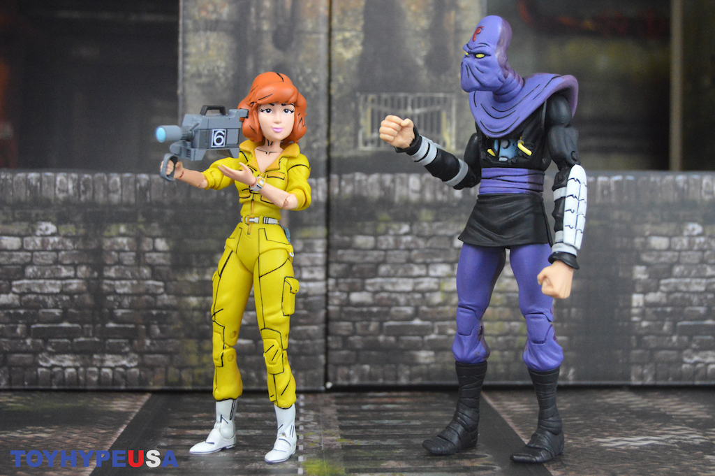 NECA Toys Teenage Mutant Ninja Turtles Cartoon Wave 3 April O'Neil & Bashed Foot Soldier Figures Review