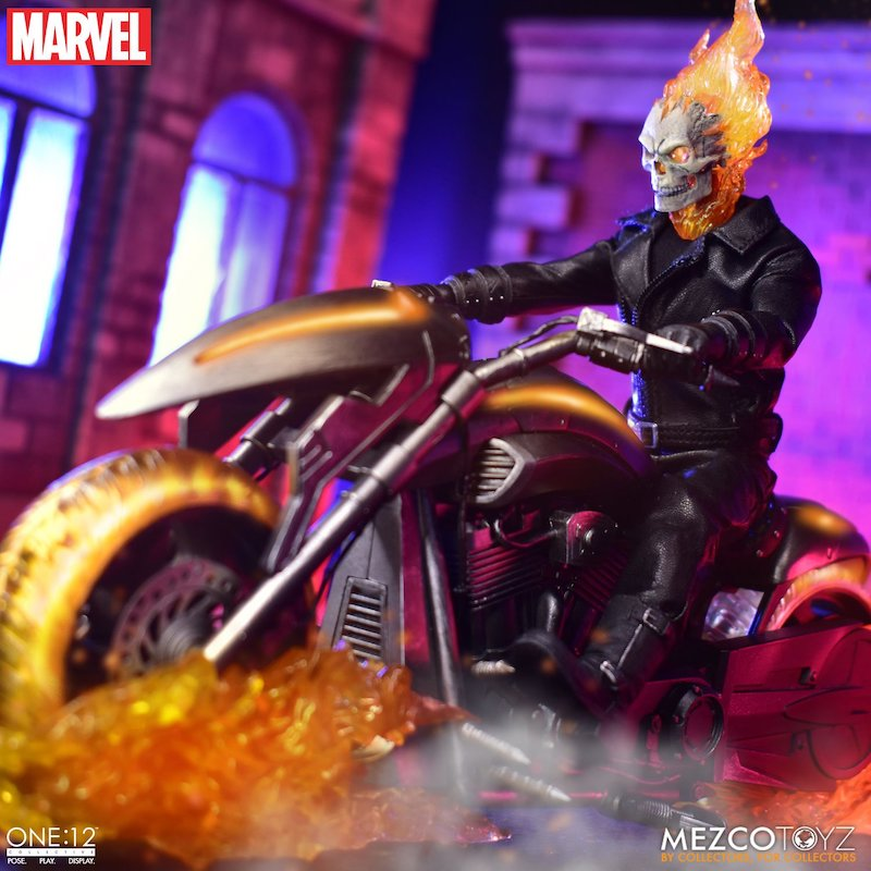 Mezco Toyz – Marvel Comics Ghost Rider With Hell Cycle Set Pre-Orders