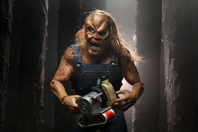 NECA Toys Hatchet 8″ Clothed Victor Crowley – New Figure Images