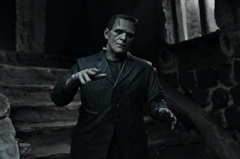 NECA Toys Universal Monsters – Ultimate Frankenstein's Monster (B&W) 7″ Scale Figure