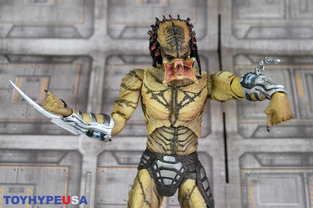NECA Toys The Predator – Ultimate Unarmored Assassin Predator Figure Review