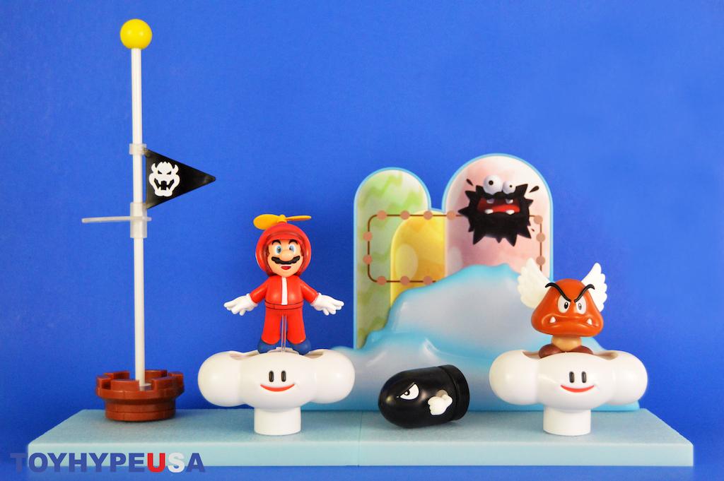 Jakks Pacific Super Mario 2.5″ Scale Cloud World Diorama Set Review