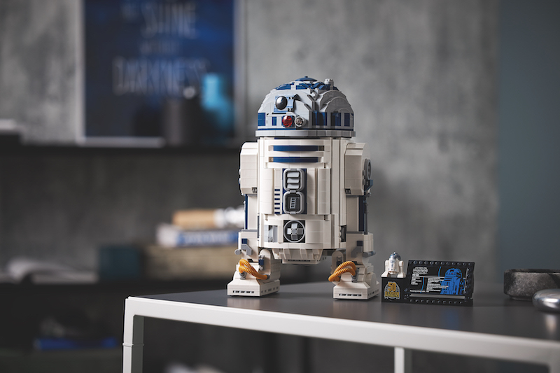LEGO Announces Star Wars R2-D2 set for May the 4th