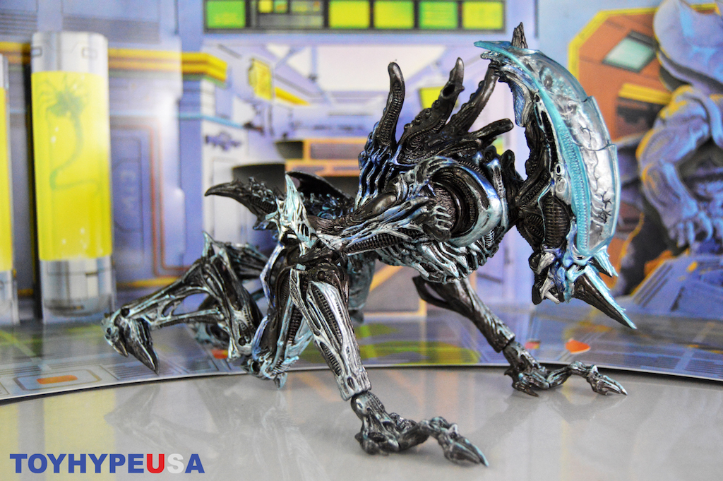 NECA Toys Ultimate Rhino Alien (Kenner Tribute) Version 2 Figure Review