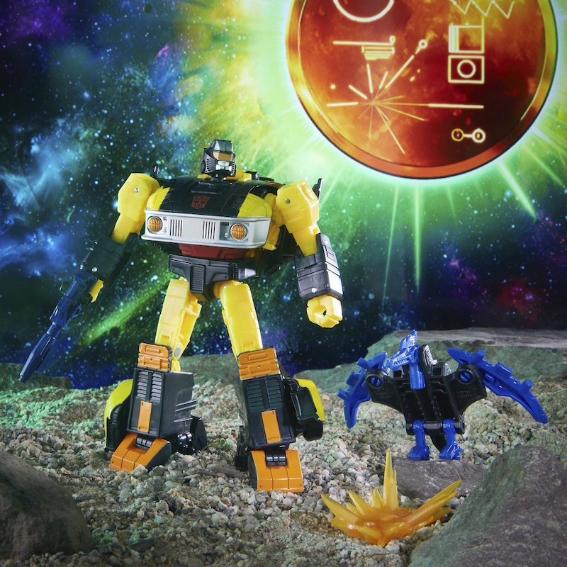 Hasbro Transformers War for Cybertron Golden Disk Collection Chapter 2- Autobot Jackpot & Sights Figure Pre-Orders